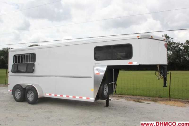 #A6339 - New 2013 Sundowner SPORTMAN3HGN 3 Horse Trailer  with 4' Short Wall