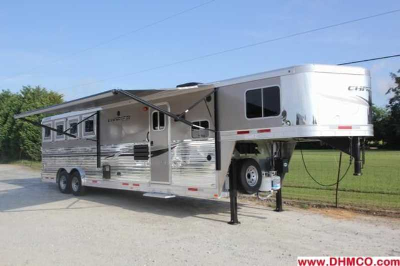 #87041 - New 2013 Lakota Charger 8411RKLQ 4 Horse Trailer with 11' Short Wall