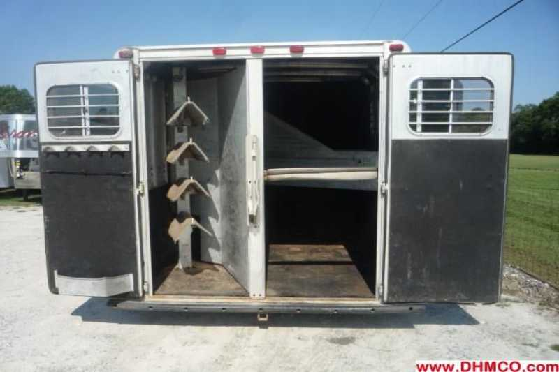 Used 1995 Sooner 2 Horse Slant Trailer