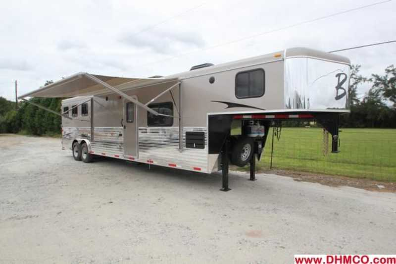 #02543 - New 2013 Bison Ranger 8314LSO 3 Horse Trailer with 14' Short Wall