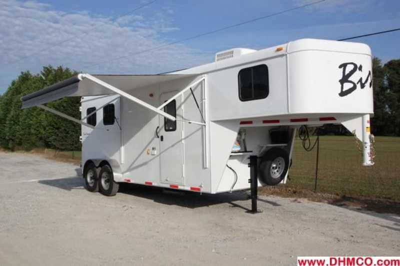 #02542 - New 2013 Bison Dixie Renegade 7207 2 Horse Trailer with 6' Short Wall