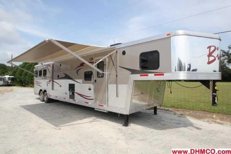 #02557 - New 2013 Bison Silverado 8316SSUG 3 Horse Trailer with 16' Short Wall