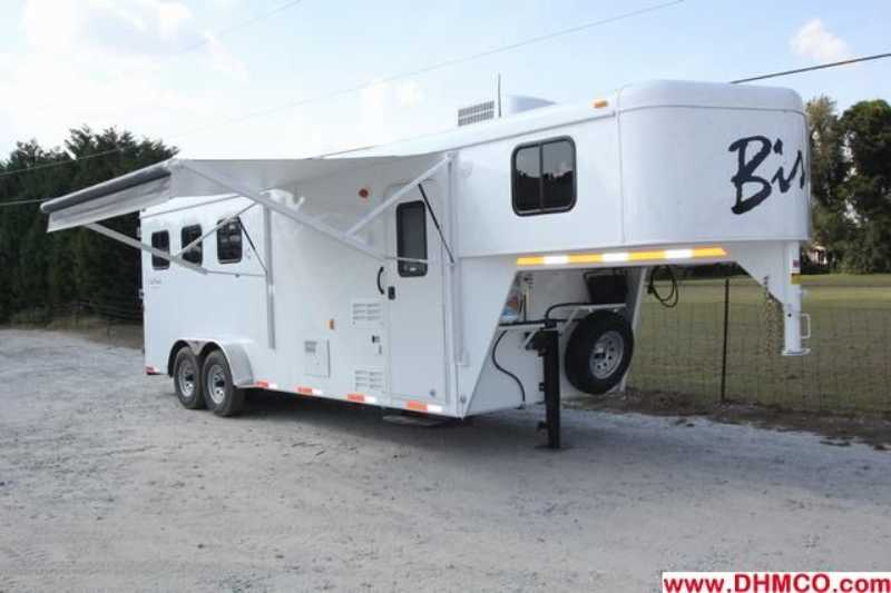 #02569 - New 2013 Bison Trail Hand 7306S 3 Horse Trailer  with 6' Short Wall