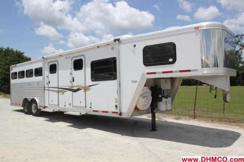 #02959 - Used 2005 Cimmaron 8412MTLQ 4 Horse Trailer  with 12' Short Wall