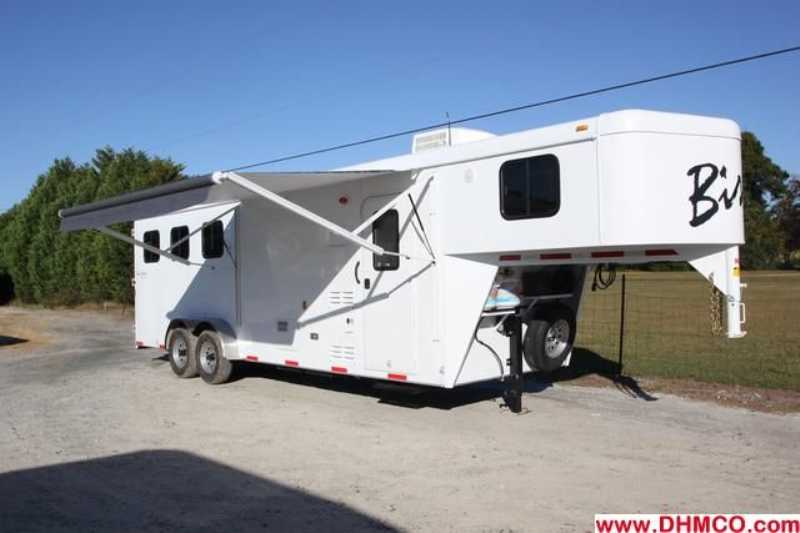 #02758 - New 2013 Bison Trail Hand 7308 3 Horse Trailer with 8' Short Wall