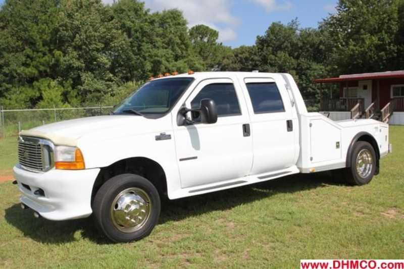 #24699 - Used 2000 Ford F550 XLT Truck