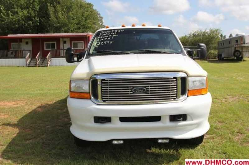 Used 2000 Ford Medium Duty Truck Trailer
