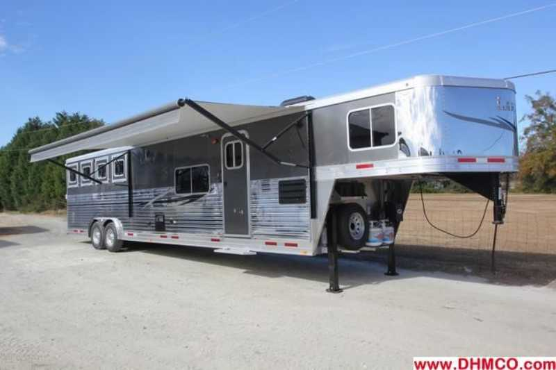 #7165s - New 2013 Lakota Charger 8415RKBGLQ 4 Horse Trailer with 15' Short Wall