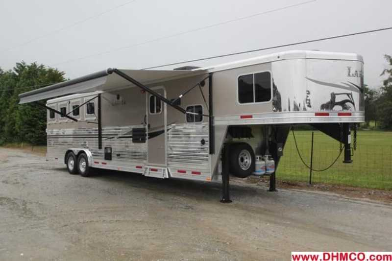 #87159 - New 2013 Lakota Charger 8411RKGLQ 4 Horse Trailer with 11' Short Wall