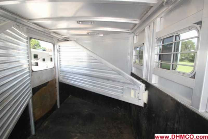 Used 1997 Exiss 3 Horse Slant Trailer