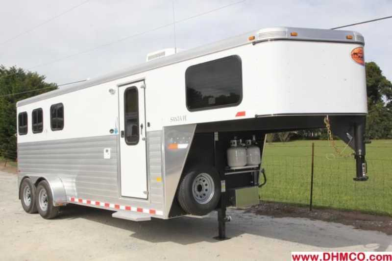 #A5872 - New 2013 Sundowner Sant Fe 3HGN6905SSLQ 3 Horse Trailer with 5' Short Wall