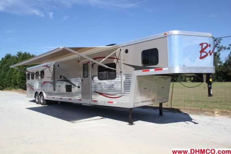 #02603 - New 2013 Bison Silverado 8416GLQRK 4 Horse Trailer with 16' Short Wall
