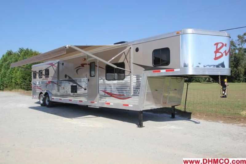 #02637 - New 2013 Bison Silverado 8316GLQRK 3 Horse Trailer with 16' Short Wall