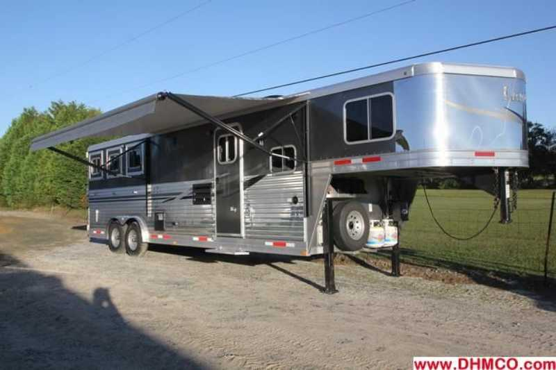 #7175s - New 2013 Lakota 8311RKGLQ Charger 3 Horse Trailer with 11' Short Wall