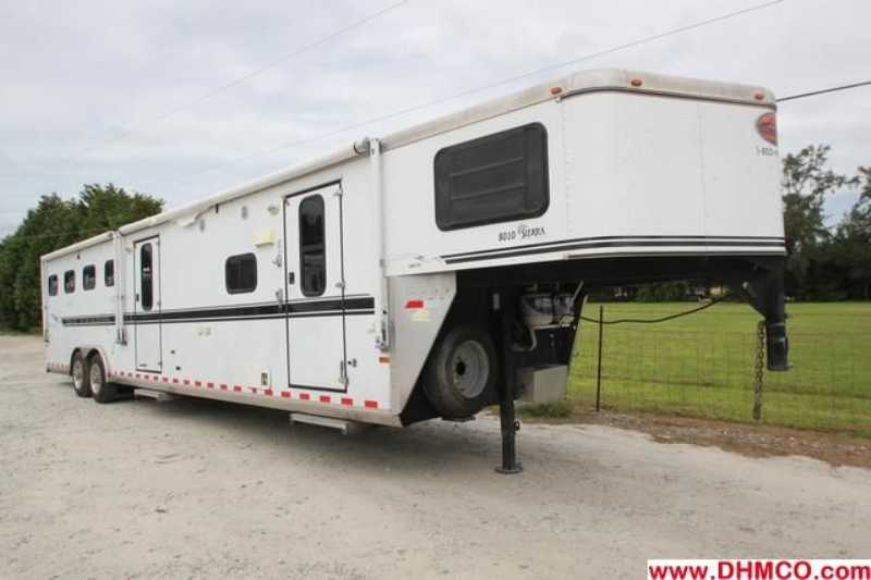 #A0960 - Used 2003 Sundowner 8410MTLQ 4 Horse Trailer with 14' Short Wall