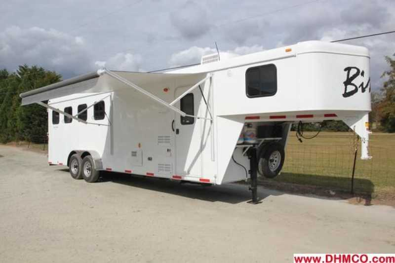 #2704s - New 2013 Bison Trail Hand 7408 4 Horse Trailer with 8' Short Wall