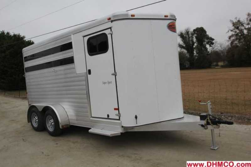 #A6973 - New 2013 Sundowner SS3HBP 3 Horse Trailer with 2' Short Wall