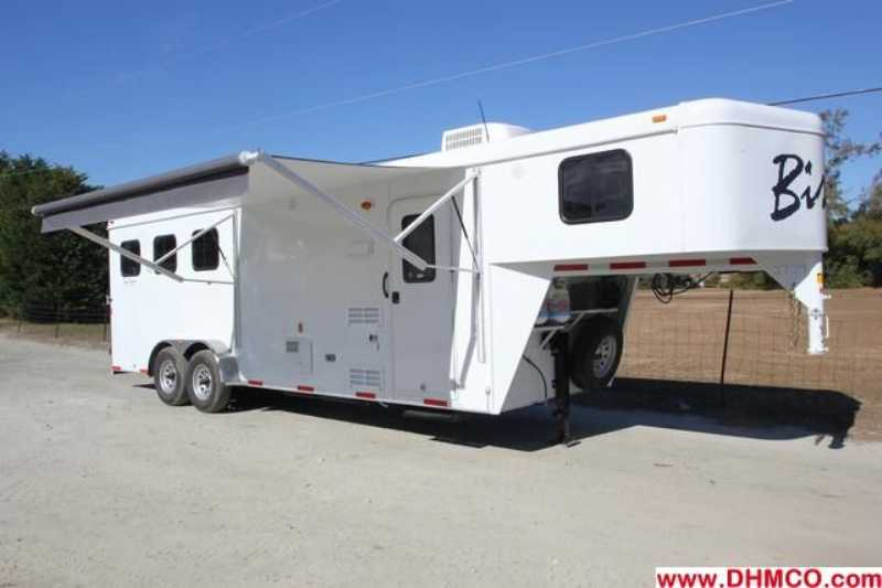 #02779 - New 2013 Bison Trail Hand 7308 3 Horse Trailer with 8' Short Wall