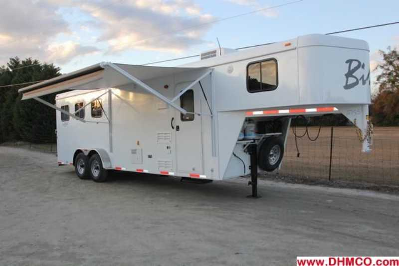 #02785 - New 2013 Bison Trail Hand 7308 3 Horse Trailer  with 8' Short Wall