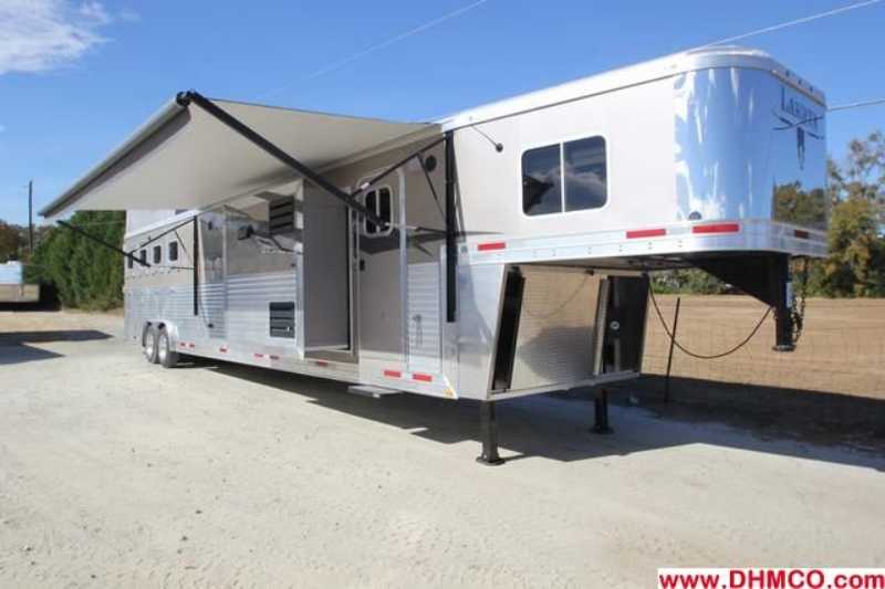 #87220 - New 2013 Lakota Bighorn 8418GLQUG 4 Horse Trailer with 18' Short Wall