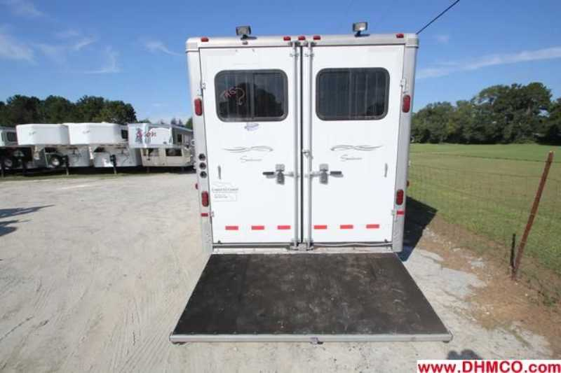 Used 2007 Sundowner 3 Horse Slant Trailer