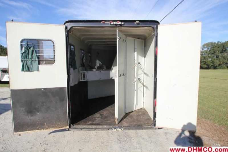 Used 2000 Hawk 3 Horse Slant Trailer