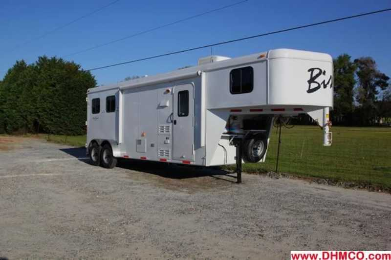 #02810 - New 2013 Bison Trail Hand 7208 2 Horse Trailer with 8' Short Wall