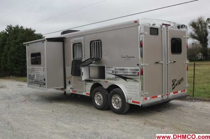 #02812 - New 2013 Bison Trail Express 8280GLQ 2 Horse Trailer  with 8' Short Wall