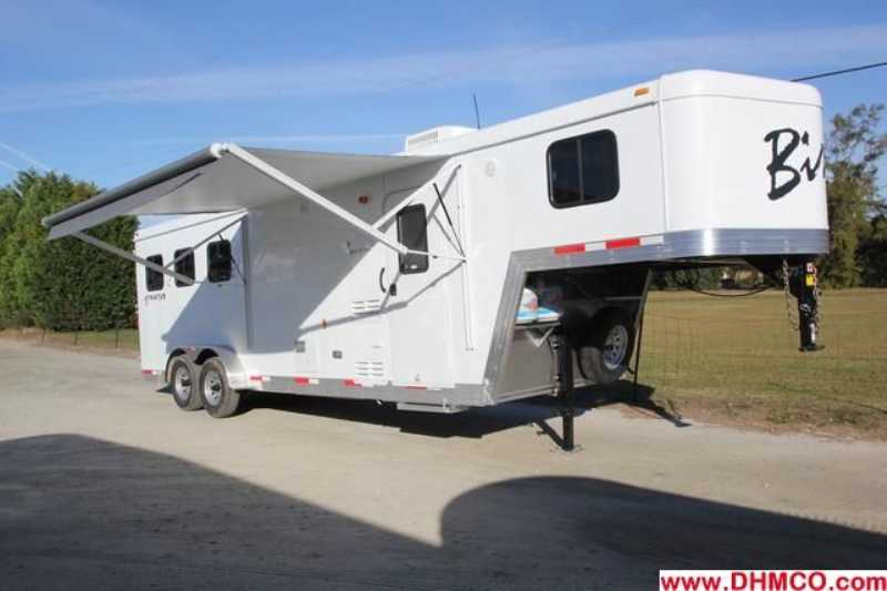 #02620 - New 2013 Bison Trail Boss 7308 3 Horse Trailer with 8' Short Wall