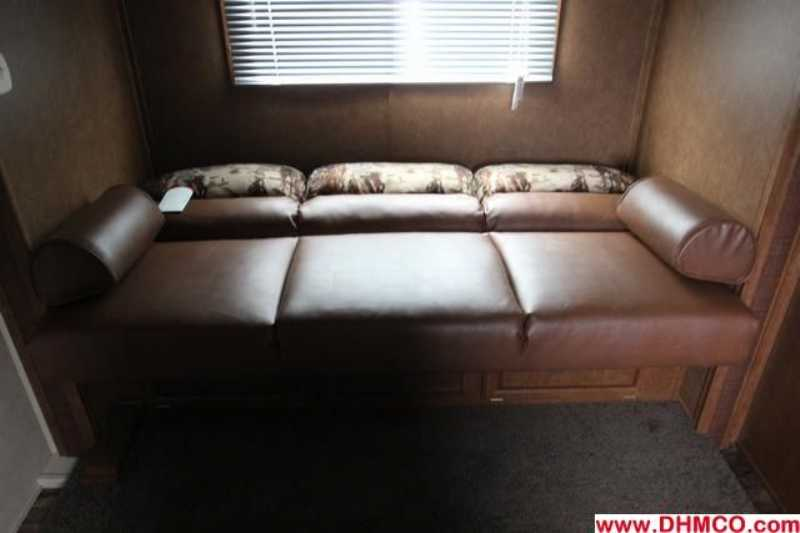 #02834 - New 2013 Bison Trail Express 8412GLQ 4 Horse Trailer  with 12' Short Wall