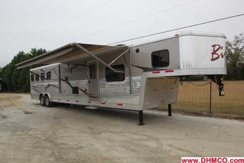 #02845 - New 2013 Bison Silverado 8416GLQRK 4 Horse Trailer with 16' Short Wall