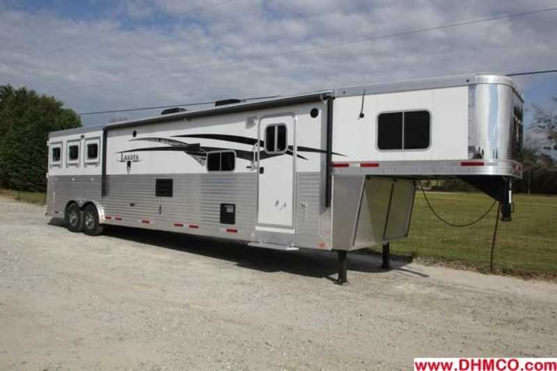 #87301 - New 2013 Lakota BIGHORN 8316SRGLQ 3 Horse Trailer  with 16' Short Wall