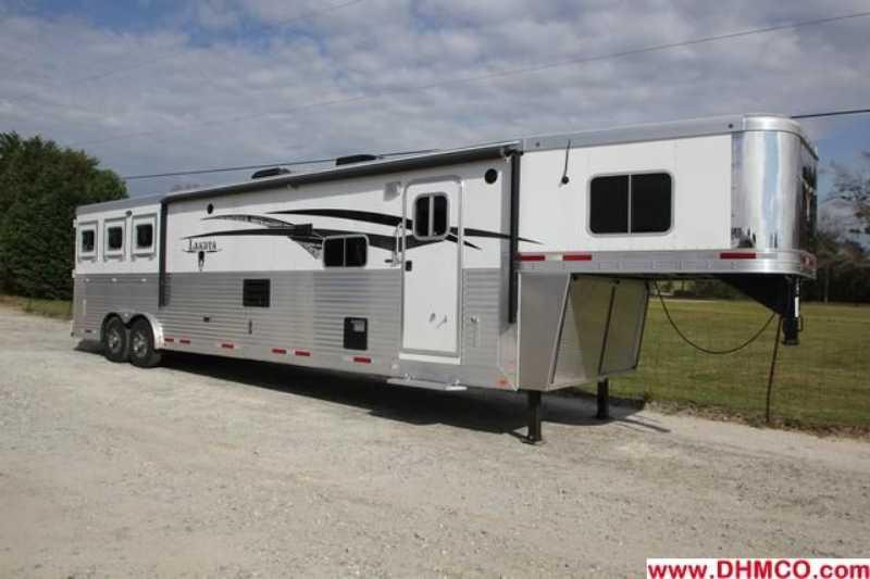 #87301 - New 2013 Lakota BIGHORN 8316SRGLQ 3 Horse Trailer with 16' Short Wall