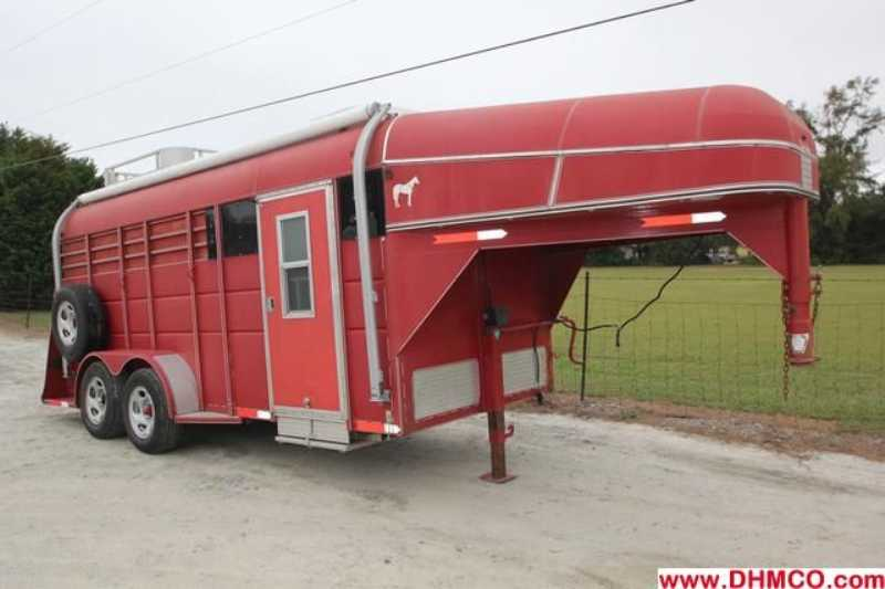 Used Calico Stock Trailer With Living Quarters    Dixie