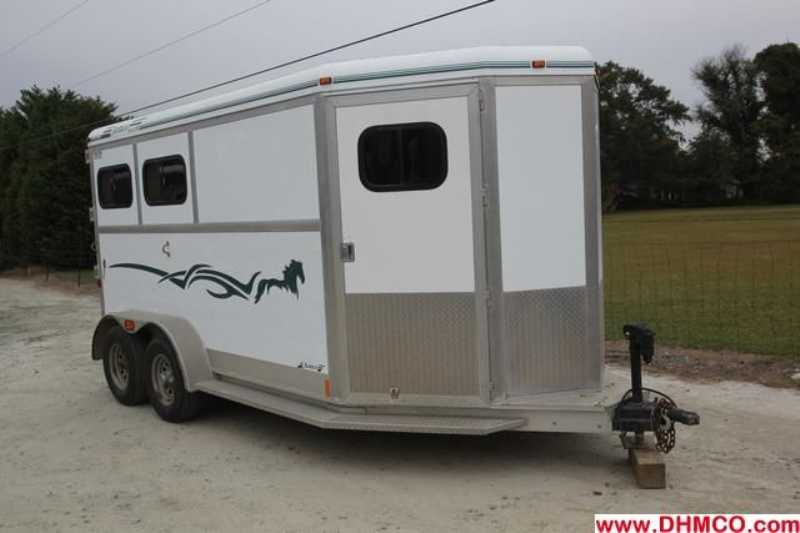 #23187 - Used 2002 Jamco 2HSL Heritage I 2 Horse Trailer with 4' Short Wall