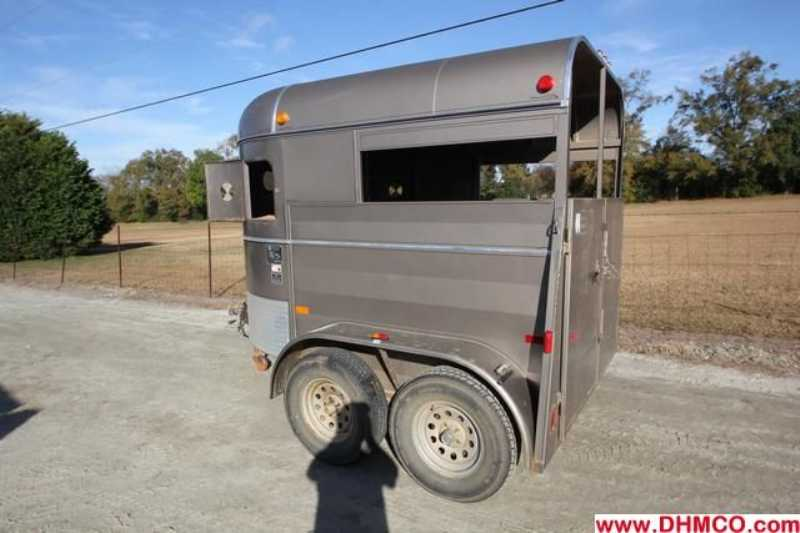 #97548 - Used 2007 WW Bargaineer 2HSS 2 Horse Trailer