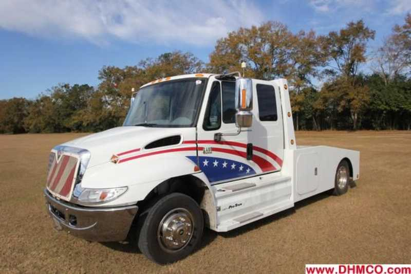 Used 2003 International Medium Duty Truck Trailer