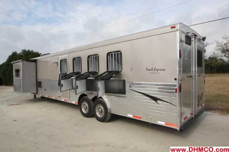 #03027 - New 2013 Bison Ranger 8415SOBKMT 4 Horse Trailer  with 14' Short Wall