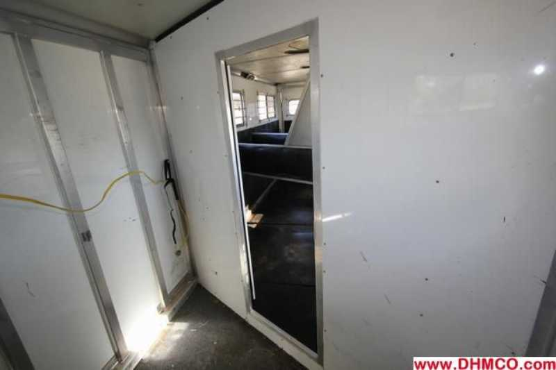 Used 2002 Silver Star 4 Horse Slant Trailer