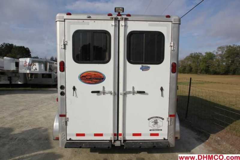 Used 2012 Sundowner 3 Horse Slant Trailer