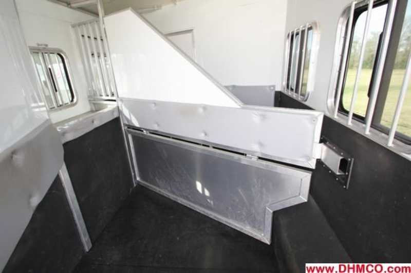 #09806 - Used 2008 Bison Stratus  3 Horse Trailer  with 10' Short Wall