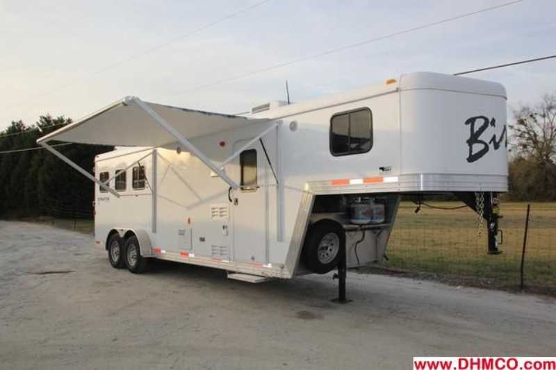 #02407 - Used 2012 Bison 7380LQ Bison Stratus 3 Horse Trailer with 8' Short Wall