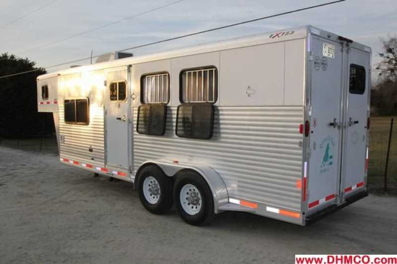 #41036 - Used 2007 Exiss ES307ELQ 3 Horse Trailer  with 7' Short Wall