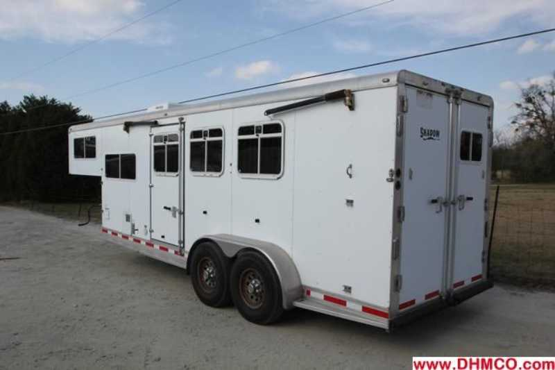 Used 2005 Shadow 3 Horse Slant Trailer