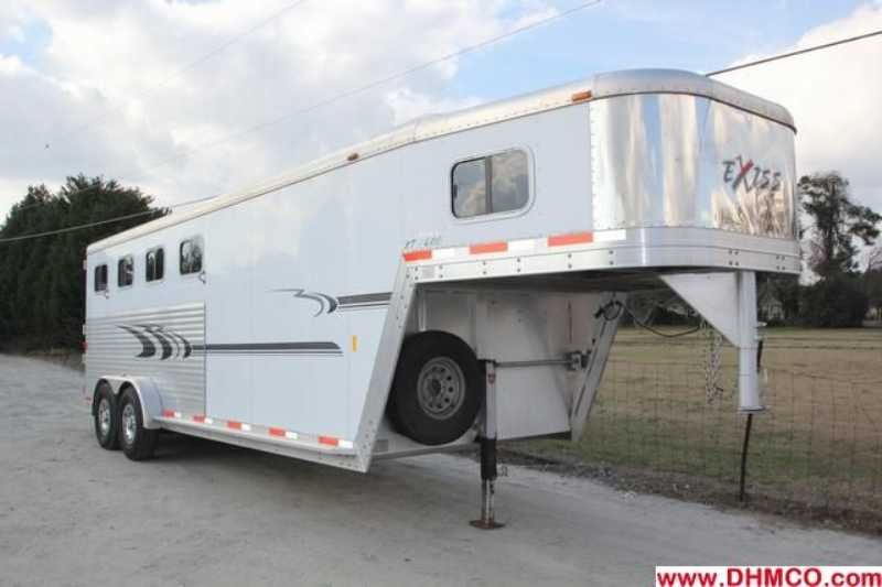 #31708 - Used 2005 Exiss XT400 Limited 4 Horse Trailer with 4' Short Wall