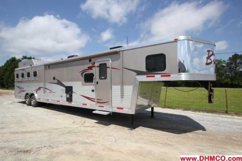 #03115 - New 2013 Bison Silverado 8416SSUG 4 Horse Trailer with 16' Short Wall