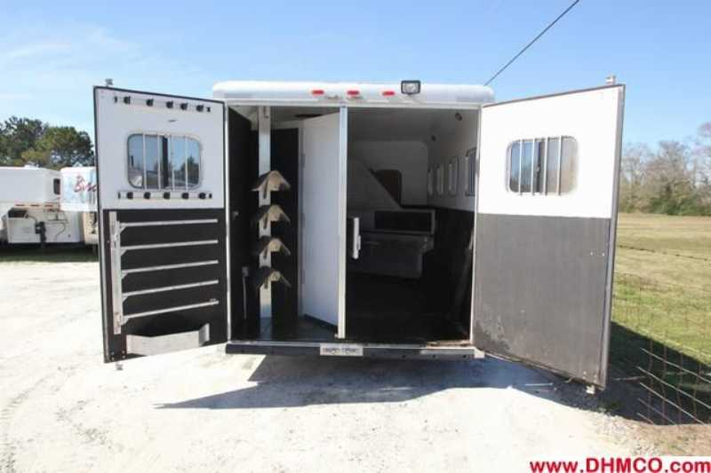 #32513 - Used 2005 Sooner 8415GLQ 4 Horse Trailer  with 15' Short Wall