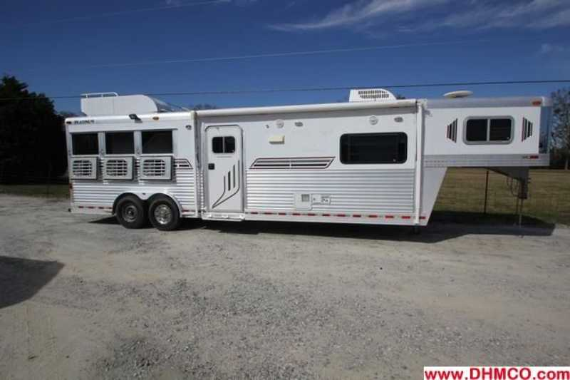 Used 2003 Platinum 3 Horse Slant Trailer