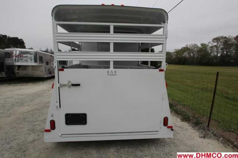 #77675 - New 2013 Bee 2HBPSL 2 Horse Trailer  with 2' Short Wall