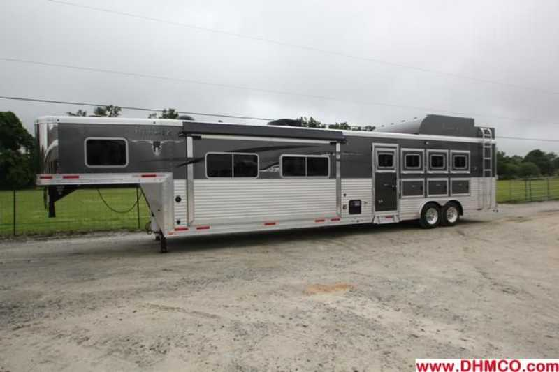 #87159 - New 2014 Lakota 8416SRBGLQ BIGHORN 4 Horse Trailer  with 16' Short Wall